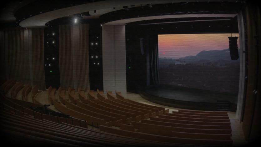 Apple транслирует пустой зрительский зал. Но это не ошибка Apple