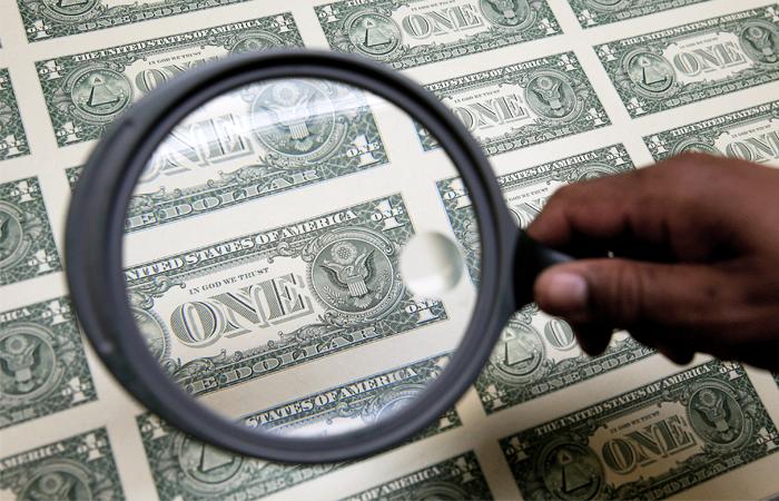 Доллар превысил 58 рублей