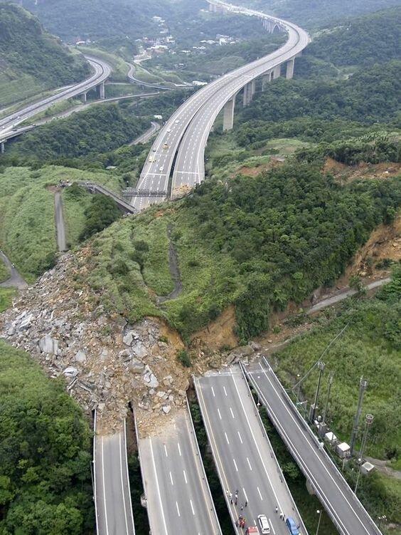 Оползни бедствие, земля, катаклизмы, катастрофа, лавина, оползень, человек