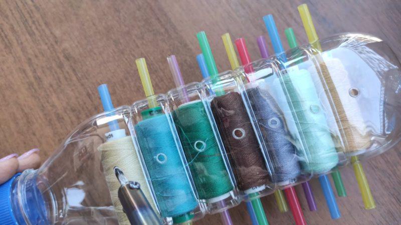 Гениальное хранение ниток с помощью пластиковой бутылки переделки,рукоделие,своими руками,сделай сам