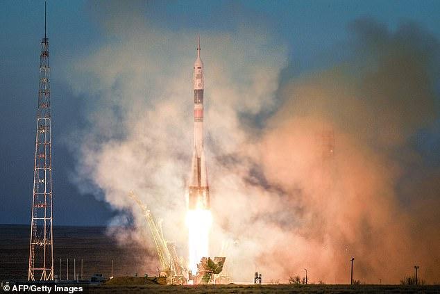 Россия вывела в космос секре…