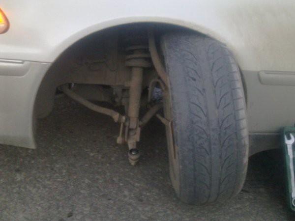 Боишься эвакуатора - выверни колеса в любую сторону?