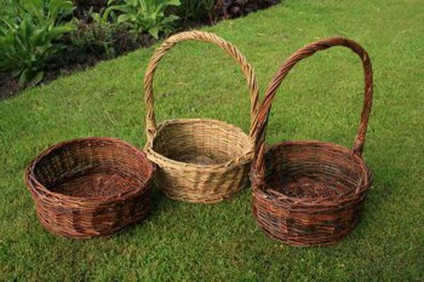 Плетение корзинки из ивовых прутьев своими руками (27 фото, пошагово, подробно)