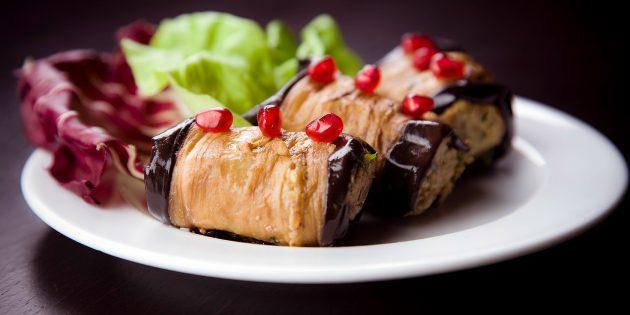 Рулеты из баклажанов с ореховой пастой