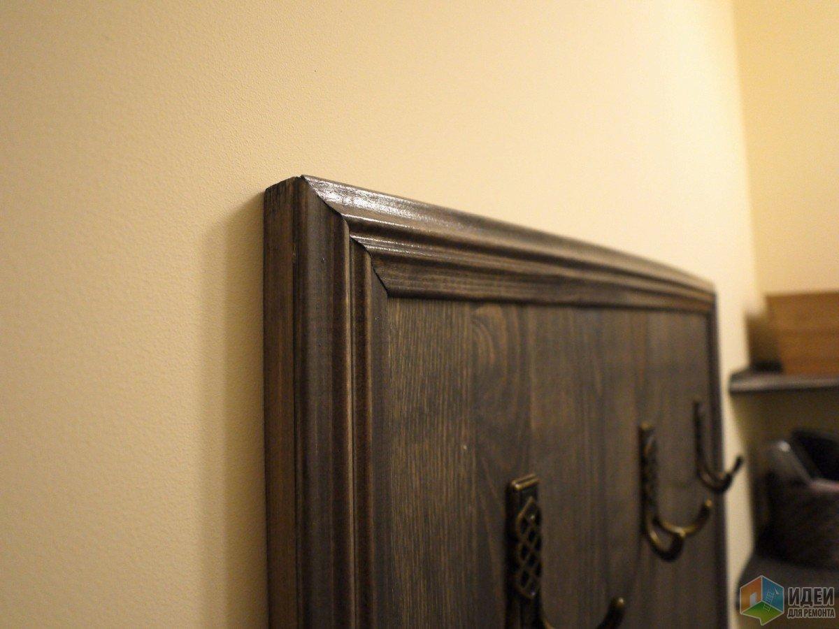 Поближе приклеенные рейки к мебельному щиту