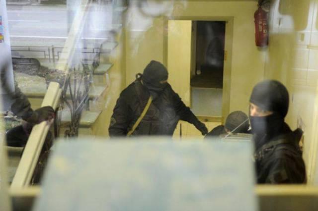 В Крыму начались посадки чиновников