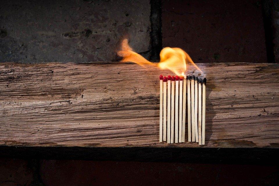 В Сызрани мужчина спас из ог…