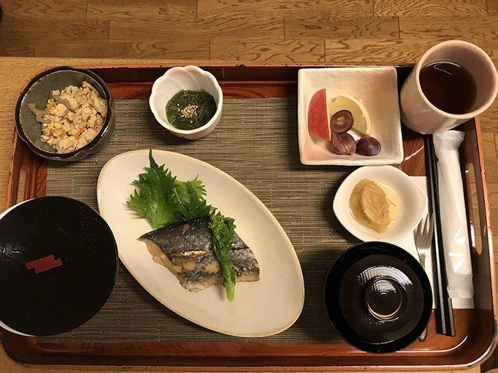 Японский завтрак блюдо, еда, пища, родильный дом, роженица, фото, япония