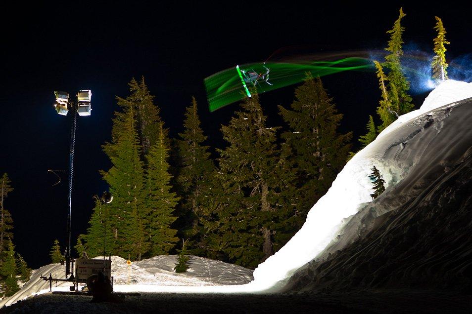 Летающие горнолыжники