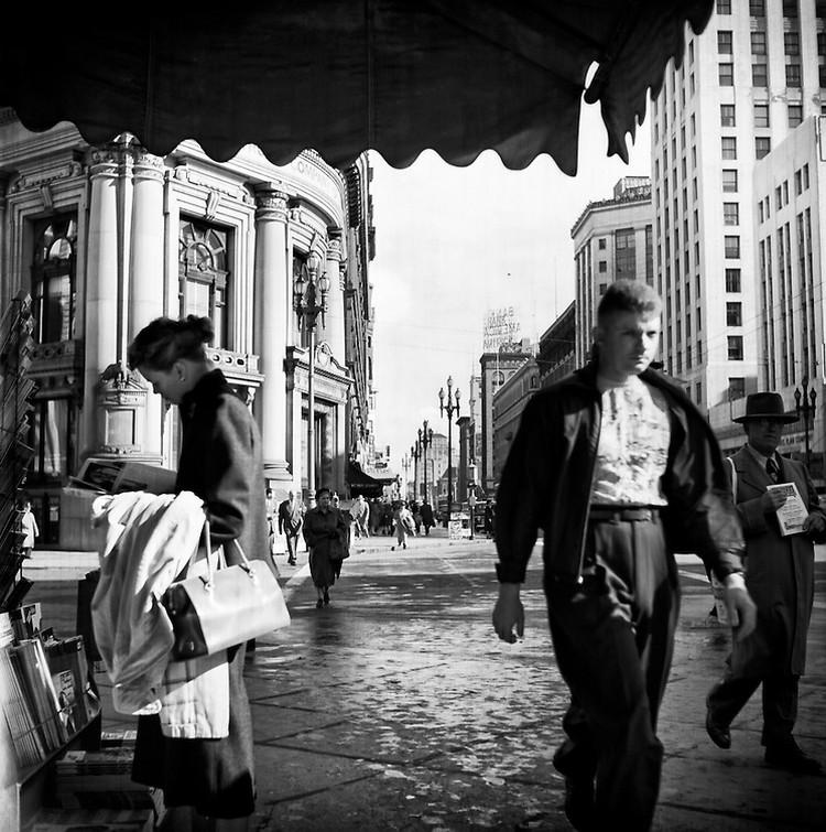 San-Frantsisko-ulichnye-fotografii-1940-50-godov-Freda-Liona 57
