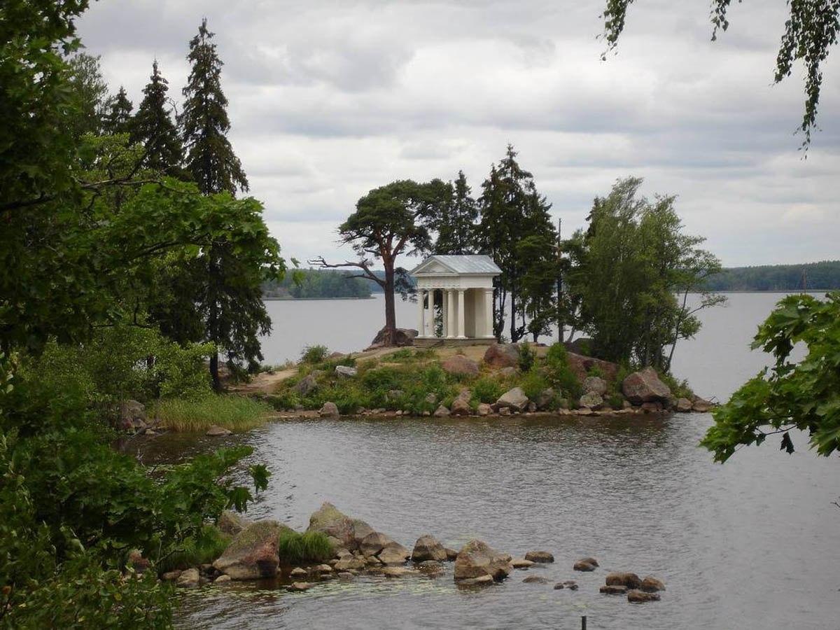 8 музеев-заповедников Ленинградской области