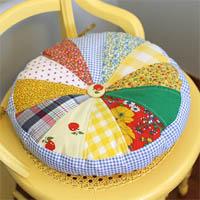 Как сшить круглую подушку на стул 4