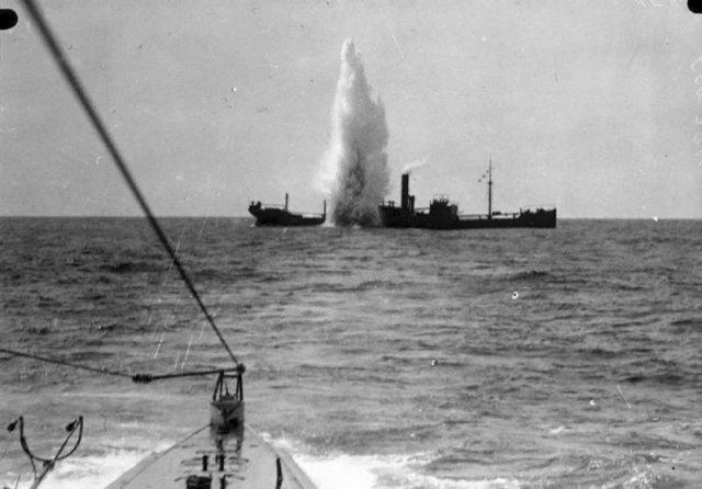 Британский сухогруз «SS Maplewood» атакован немецкой субмариной «SM U-35» у берегов Сардинии. 7 апреля 1917 г история, люди, мир, фото