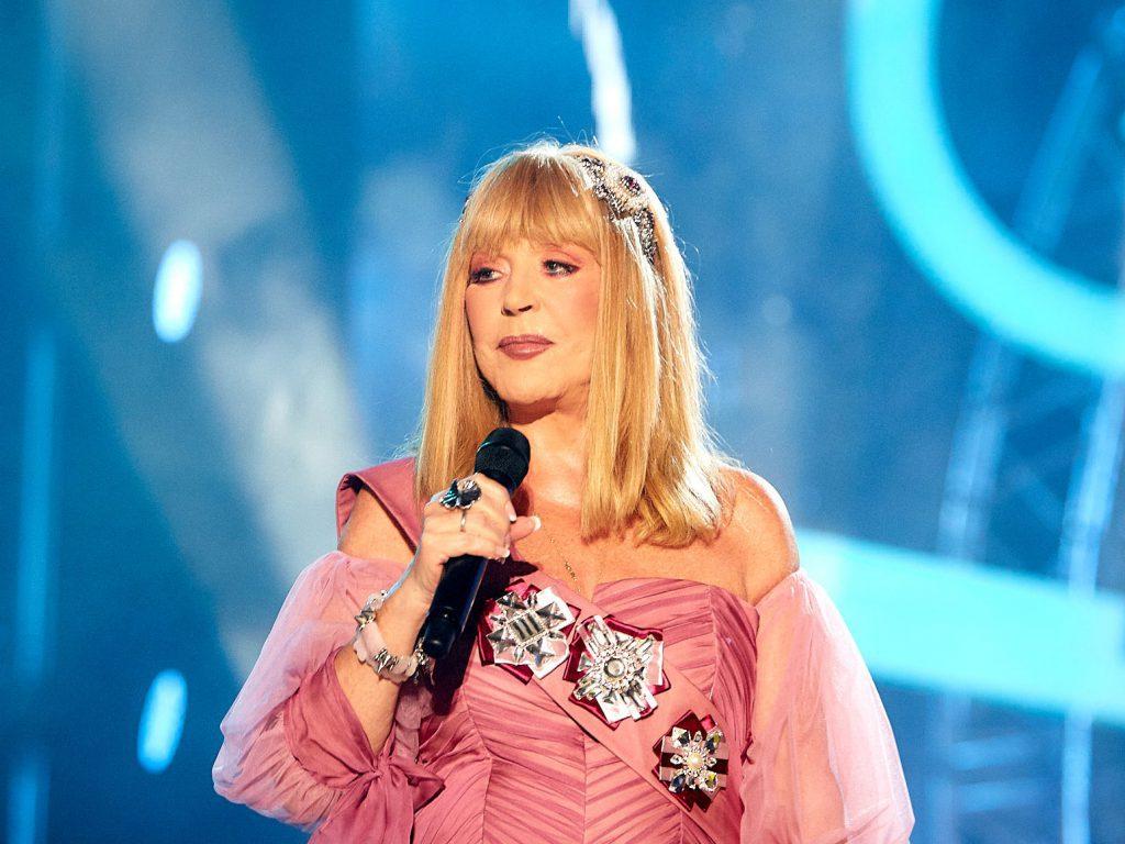 Наташа Королева выложила ролик с Аллой Пугачевой в полупрозрачном платье