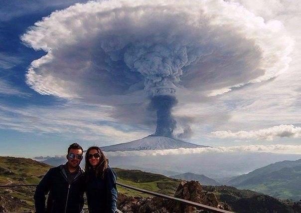 Классные и веселые надписи к фото и картинкам из нашей жизни Удачный, кадрСелфи, вулкана