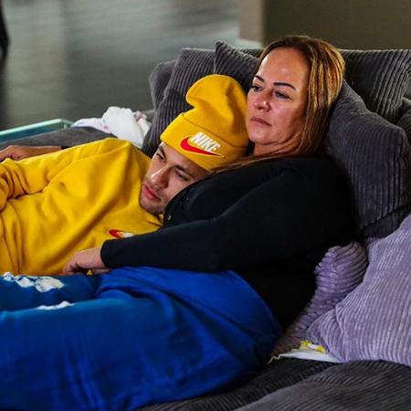 Мама Неймара закрутила роман с 22-летним сексуальным киберспортсменом Мода,Новости моды