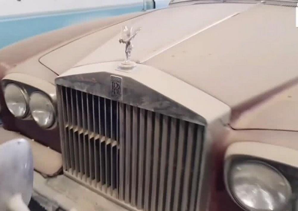 Вакансия искателя брошенных дорогих автомобилей в Дубае за £30 000