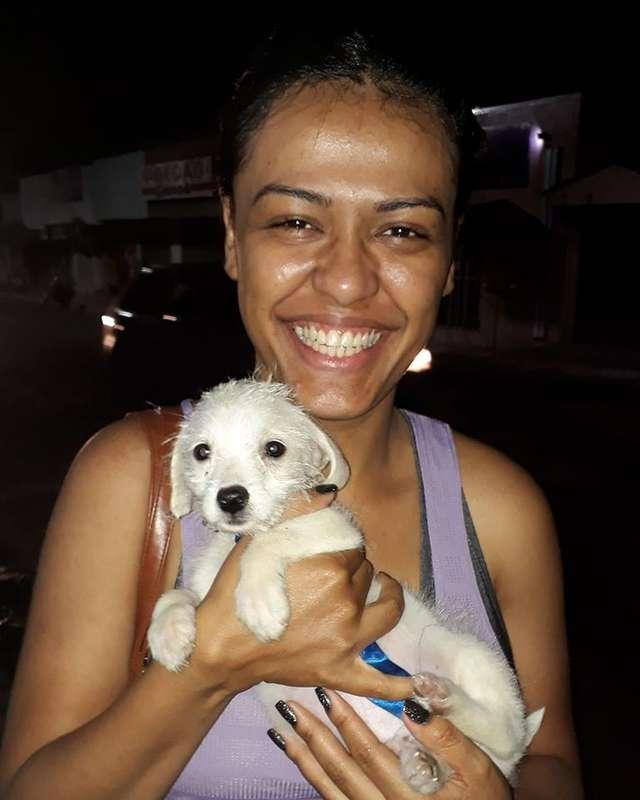 девушка со щенком