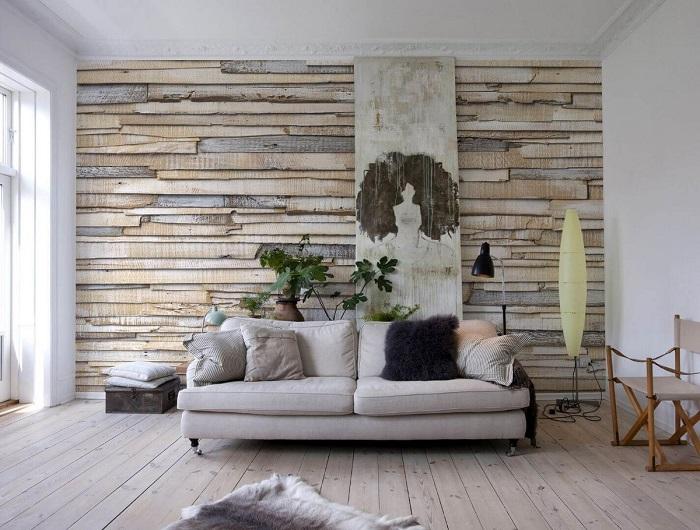 Фактурная стена в интерьере гостиной. / Фото: stroy-podskazka.ru