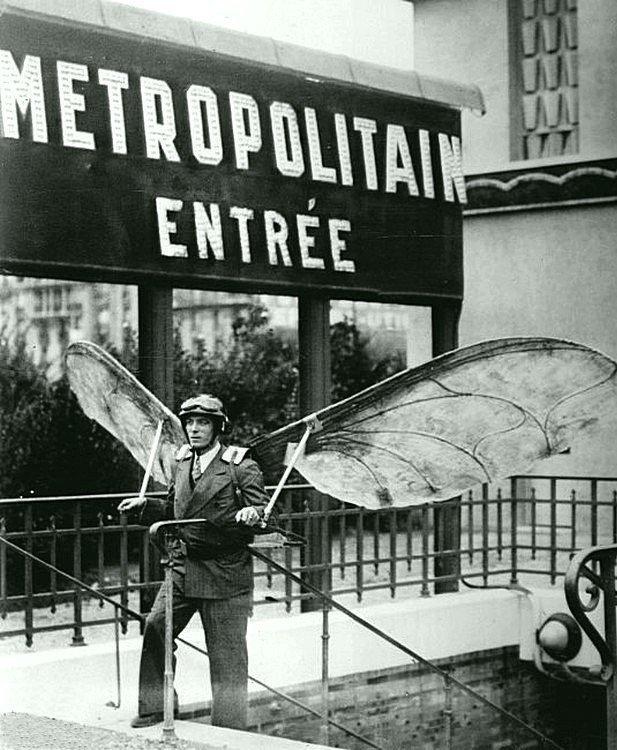 Летающий человек, Лепен. Париж, 1935 год. Весь Мир в объективе, ретро, старые фото