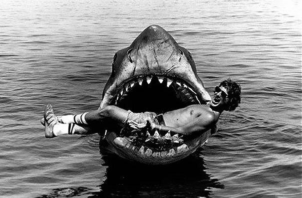 20 редких фотографий с места съемок любимых фильмов кино