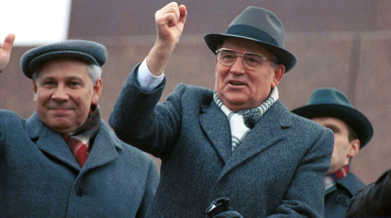Великий Советский Союз рухнул от двух инъекций Михаила Горбачева: против страха и против репрессий