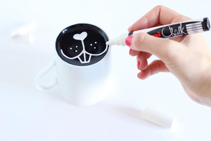 Рисунок на кружке своими руками