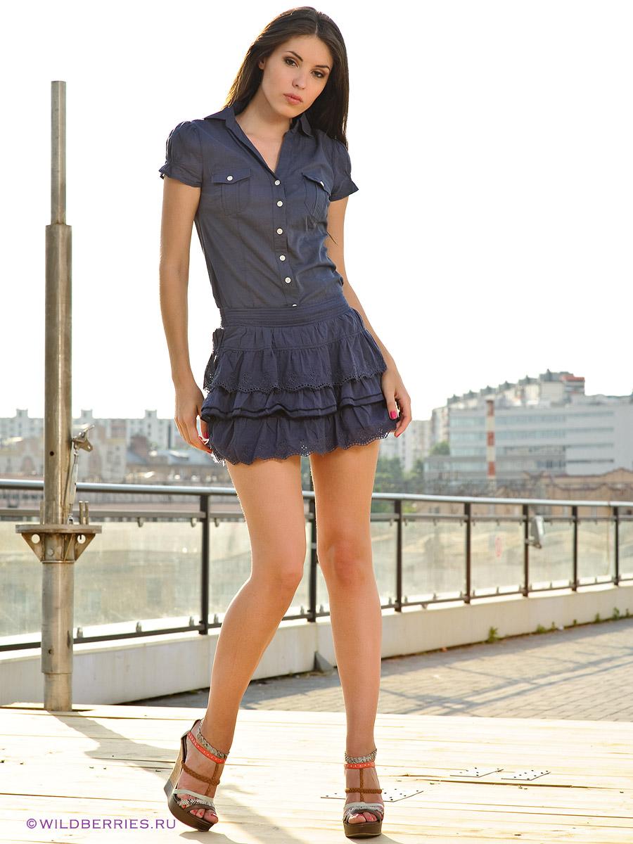 смотреть фото женщин мини юбках
