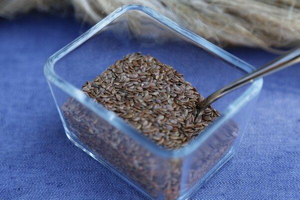 В рационе семена льна – аптека больше не нужна...