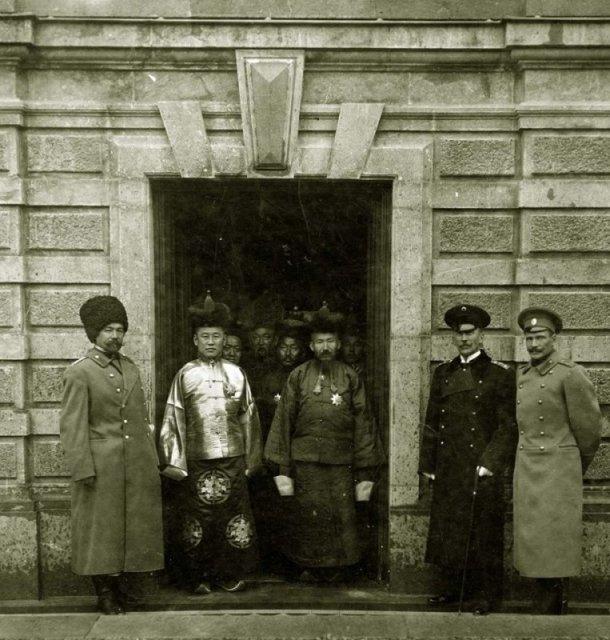Прямой потомок Чингисхана Тугс-Очирын Намнансурэн в Санкт-Петербурге, ноябрь 1913 года. история, люди, мир, фото