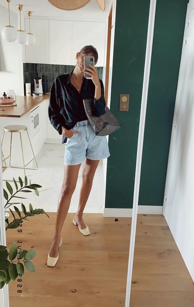 Жюли Феррери «возрождает» блузы из мокрого шелка