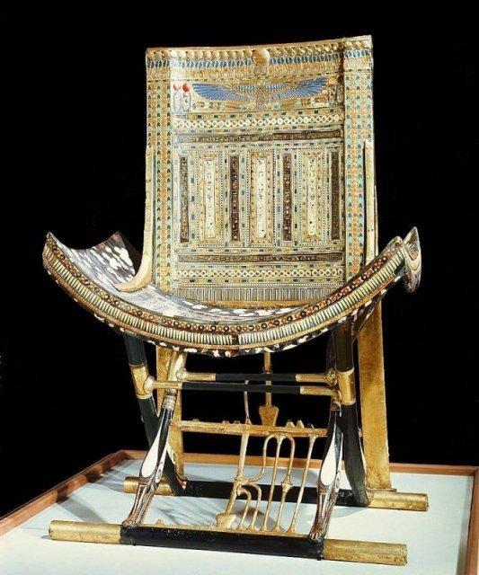 Трон из гробницы фараона Тутанхамона. 1332 год до н. э. история, люди, мир, фото