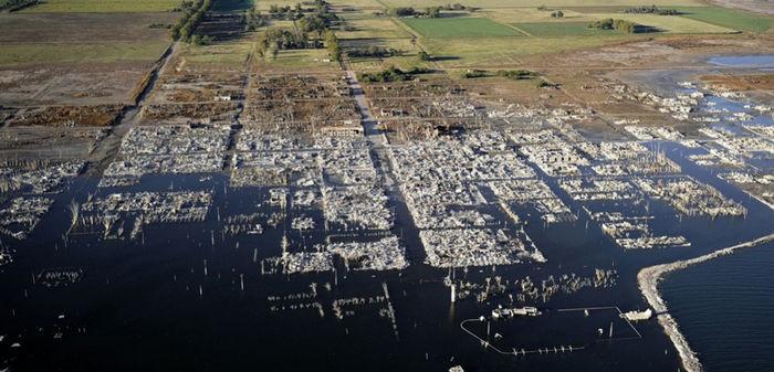 14. Деревня Вилья-Эпекуэн, Аргентина города-призраки, заброшенные города, загадки, тайны, фото