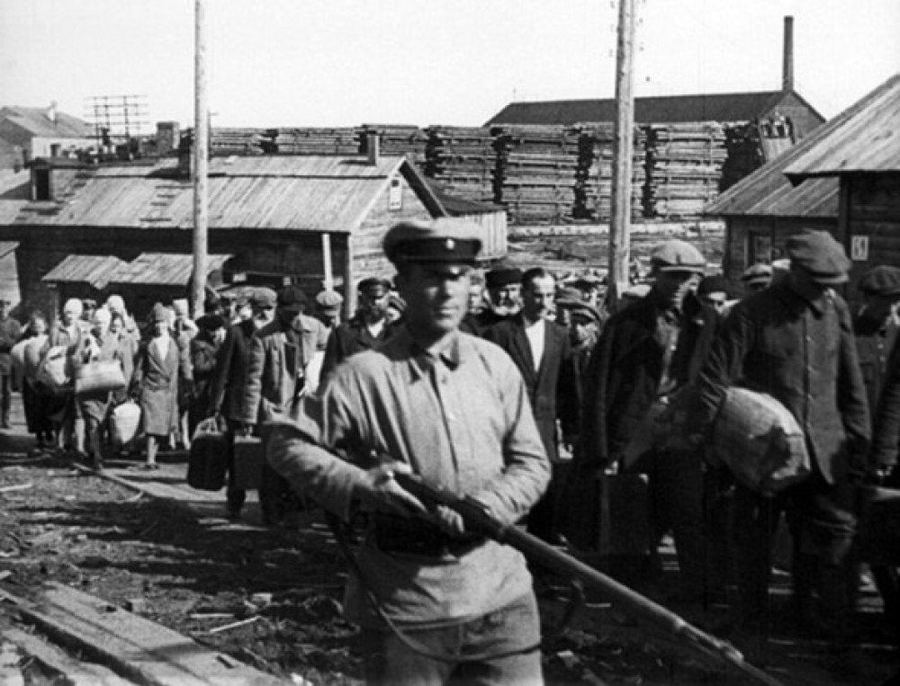 Военные прокуроры сочли 180 тысяч репрессированных осужденными обоснованно история,общество,репрессии,россияне,СССР,Сталин