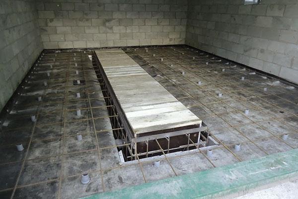 Как правильно залить бетонный пол в гараже самостоятельно самоделкин