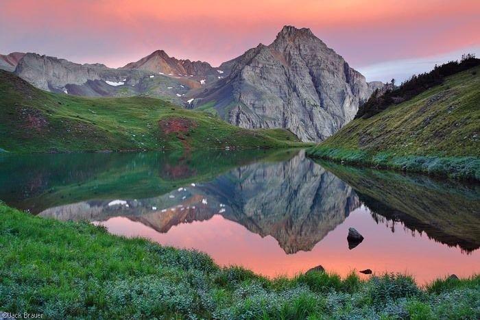 Невероятной красоты горные пейзажи