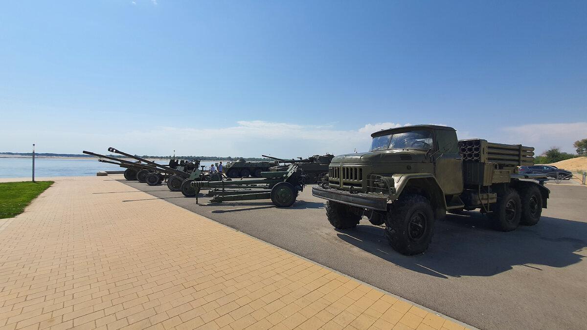 Побывал в парке военной техники в Волгограде. Вот что я там увидел военной, техники, технике, Волгограде, вопрос, парке, пушки, танкиПарк, ничего, парки, Побывал, общем, сплошная, загадкаПравда, немного, поколений, поразмышлять, можно, найти, связь