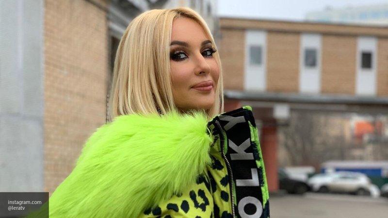 Муж Леры Кудрявцевой оценил ее натуральную грудь