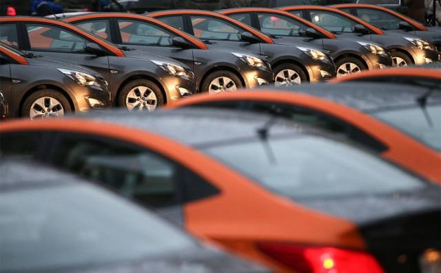 За год у каршеринга BelkaCar украли 18 тысяч литров омывайки