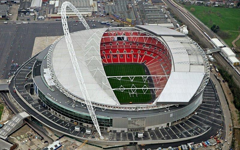Футбольный стадион Уэмбли в Англии создан только для игр, тренировки на нем запрещены. информация, картинки, факты