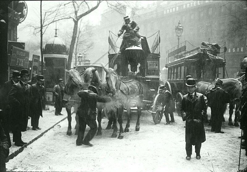 Конный транспорт в Париже, холодная зима 1908 года Весь Мир в объективе, ретро, старые фото