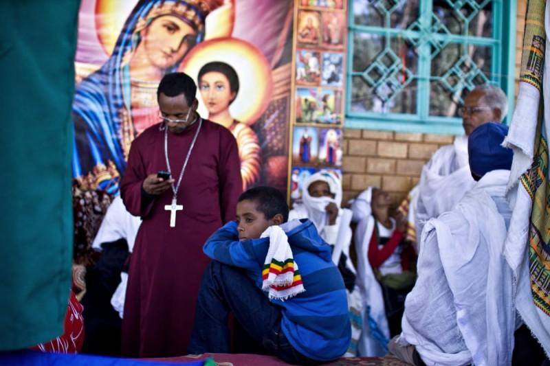 Пражский фотограф снял обряд экзорцизма в Эфиопии Африка,обряды,религия,фотография,экзорцизм,Эфиопия
