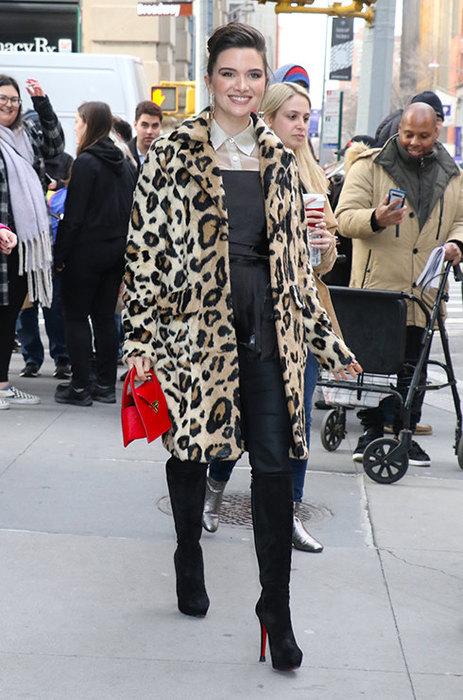 Носим шубу: четыре секрета стильного образа гардероб,мода и красота,модные образы,модные тенденции,одежда и аксессуары