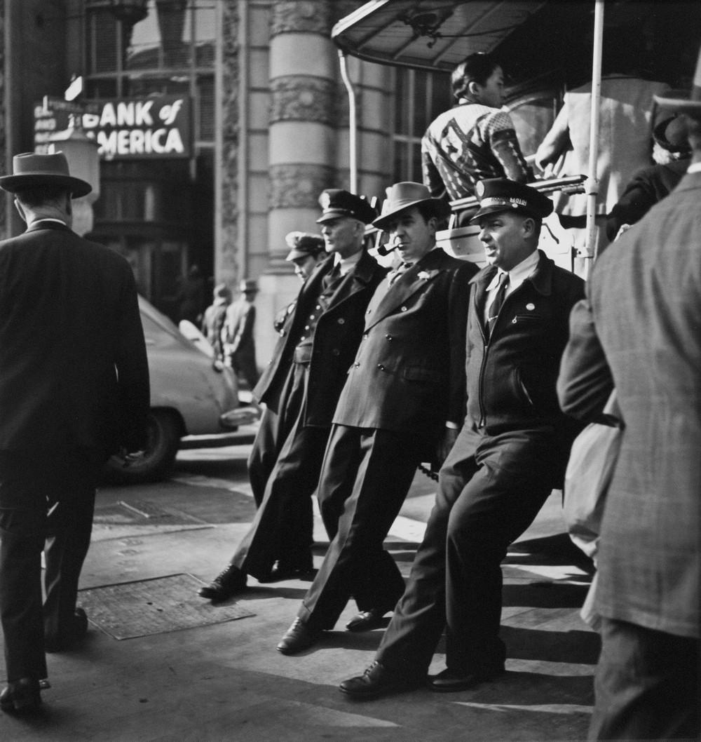 San-Frantsisko-ulichnye-fotografii-1940-50-godov-Freda-Liona 30