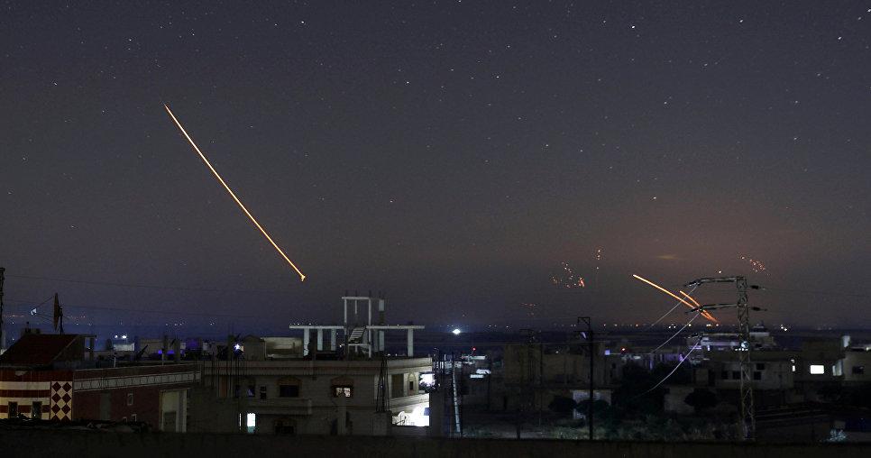 Израиль обстрелял Сирию, а С…