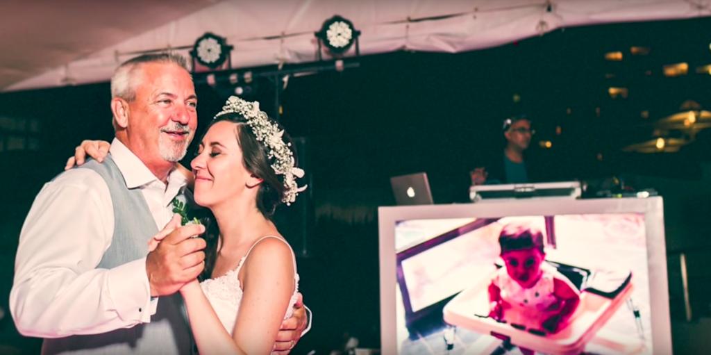 Отец приготовил трогательный сюрприз в день свадьбы своей дочери