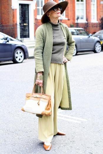 Модные советы для дам элегантного возраста. Как правильно носить широкие брюки