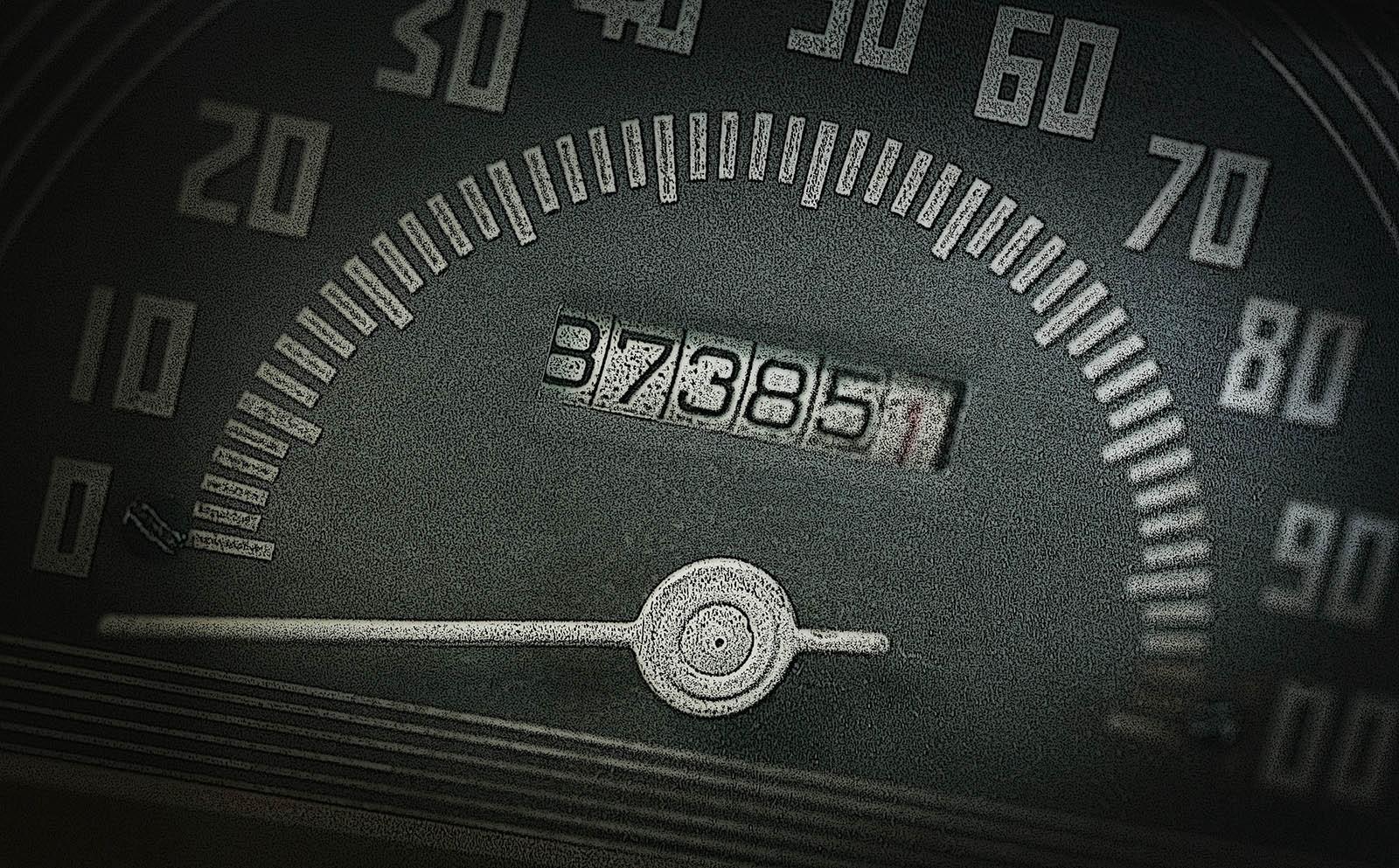 Automama: 55% автомобилей на вторичном рынке – со «скрученным» пробегом авто,авто и мото,автосамоделки,водителю на заметку,машины,новости автомира,ремонт,Россия,тюнинг