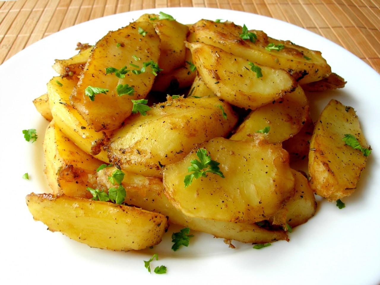 Румяная картошечка в духовке…