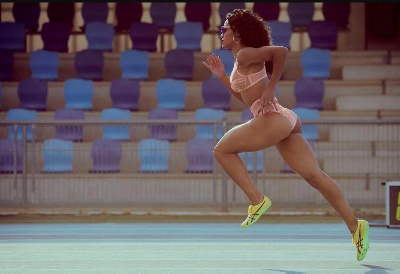 Красивые спортсменки в нижнем белье Agent Provocateur